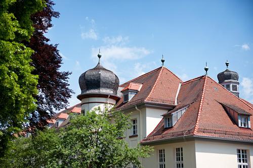 Bild:Haus mit Zwiebeltürme